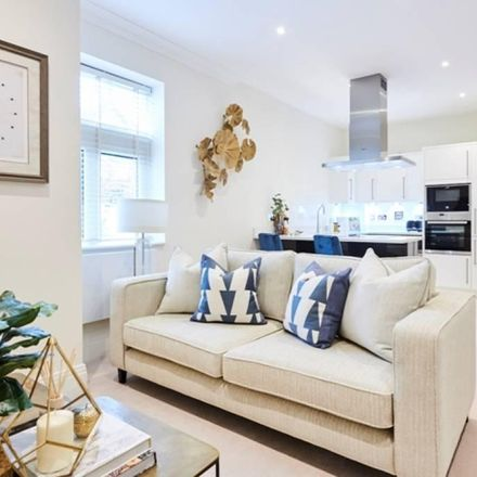 Rent this 1 bed apartment on Palace Wharf (6-23) in Rainville Road, London W6 9HB