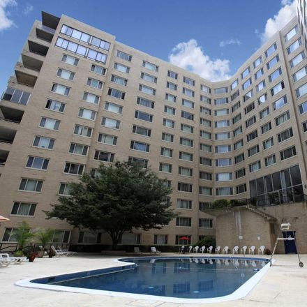 Rent this 1 bed apartment on 1575 Spring Place Northwest in Washington, DC 20010