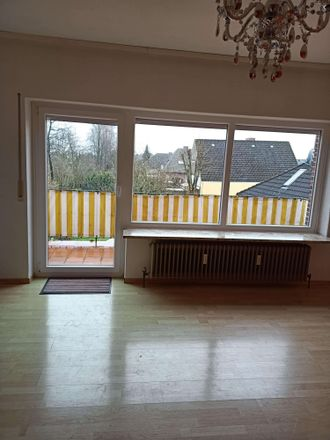 Rent this 3 bed apartment on Weidenstraße in 21635 Borstel, Germany
