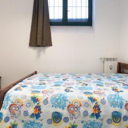 Rent this 5 bed room on Via Terracina in 20161 Milan Milan, Italy