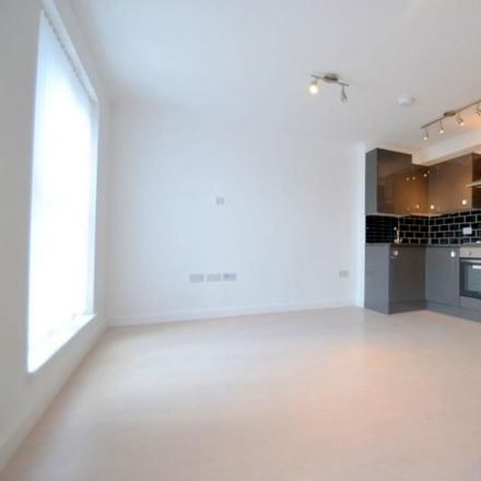 Rent this 3 bed apartment on Susannah Street in London E14 6LS, United Kingdom