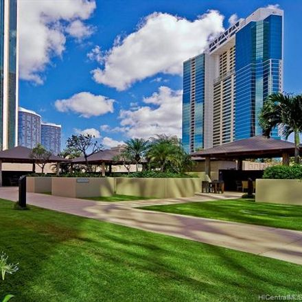 Rent this 2 bed condo on Honolulu in HI, US