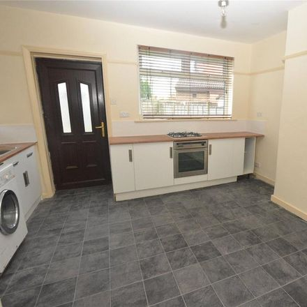 Rent this 2 bed house on Devonshire Street East in Oldham M35 0TE, United Kingdom