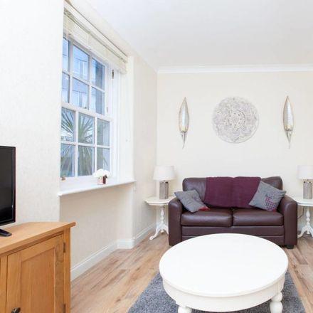 Rent this 1 bed apartment on 1 Heriot Bridge in Edinburgh EH1 2HR, United Kingdom