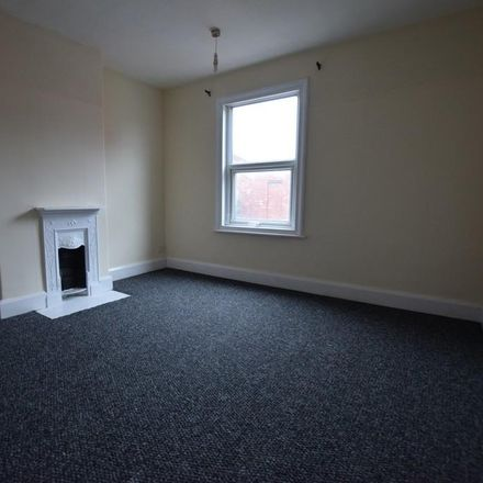 Rent this 2 bed house on Hexthorpe Road in Doncaster DN4 0AS, United Kingdom