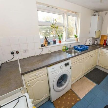 Rent this 1 bed apartment on Blackbridge Lane in Tower Hill RH12 1LL, United Kingdom