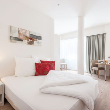 Rent this 1 bed apartment on Aida Friseur in Lindwurmstraße 139, 80337 Munich