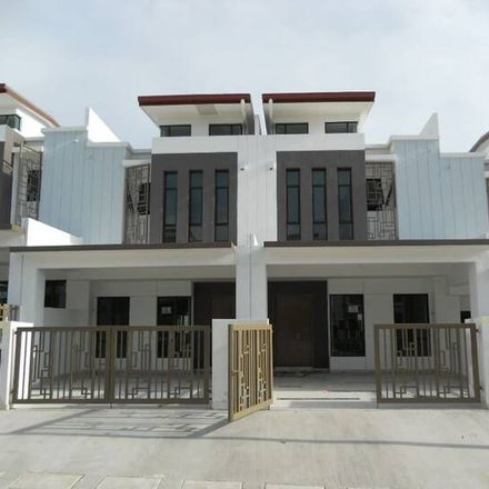 Rent this 4 bed apartment on unnamed road in Hulu Langat, 43000 Kajang Municipal Council
