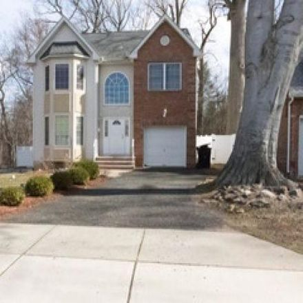 Rent this 4 bed house on 98 Abond Court in Plainfield, NJ 07063