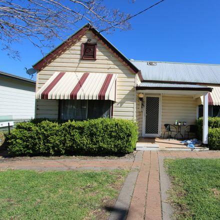 Rent this 3 bed house on 20 Ring Street
