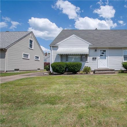 Rent this 4 bed house on 1246 Rockwood Avenue Southwest in Canton, OH 44710