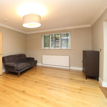 Rent this 4 bed house on Howard Close in London W3 0JW, United Kingdom
