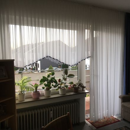 Rent this 2 bed apartment on Tönningstraße 33 in 46562 Voerde (Niederrhein), Germany
