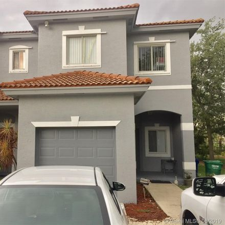 Rent this 3 bed townhouse on 8706 Hampshire Drive in Coral Springs, FL 33065