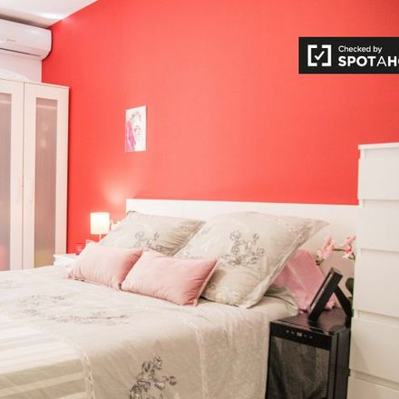 Rent this 5 bed apartment on C.P San Juan de Ribera in Calle de José Carrau, 3