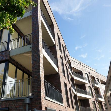 Rent this 3 bed apartment on Fuhlsbüttel in Hamburg, Germany