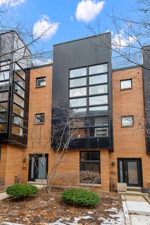 Rent this 3 bed townhouse on 2008-2050 West Willow Street in Chicago, IL 60647