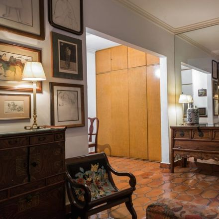 Rent this 1 bed apartment on Calle Indianápolis in Nápoles, 03810