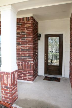 Rent this 4 bed house on Lockeridge Cove Drive in Montgomery County, TX 773867386