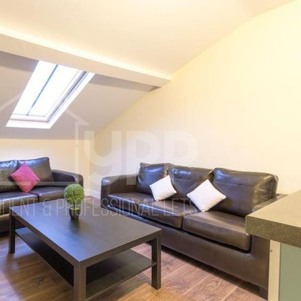 Rent this 3 bed apartment on Bernies Diner in 24 Woodhouse Lane, Leeds LS2 9HD