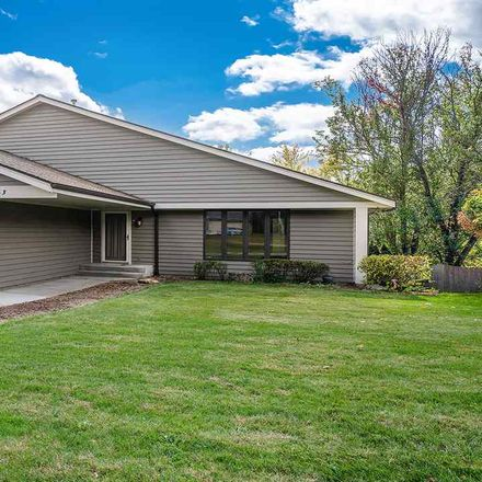 Rent this 3 bed house on 5363 Applewood Close in Rockford, IL 61114