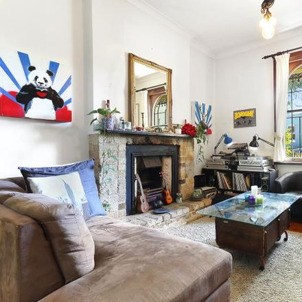 Rent this 3 bed apartment on 36 Underwood Street