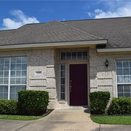 Rent this 3 bed townhouse on 209 Navarro Drive in College Station, TX 77845