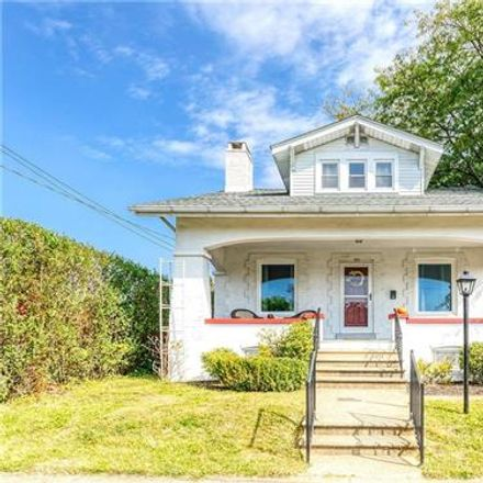 Rent this 3 bed house on 720 Keystone Avenue in Bethlehem, PA 18018