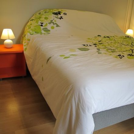 Rent this 1 bed apartment on 12 Rue du Docteur Albert Barraud in 33000 Bordeaux, France