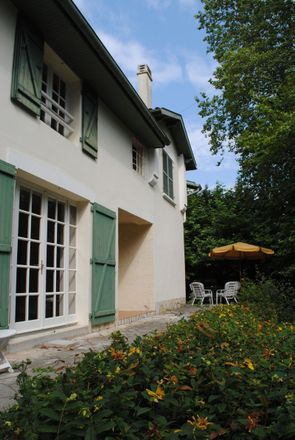 Rent this 2 bed apartment on Saubrigues in NEW AQUITAINE, FR
