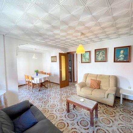 Rent this 2 bed apartment on Carrer de Martí Grajales in 46011 Valencia, Spain