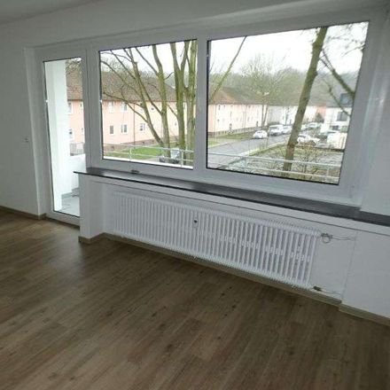 Rent this 2 bed apartment on Am Finkenplatz 23 in 47178 Duisburg, Germany