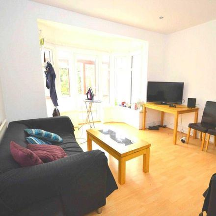 Rent this 1 bed room on 270 London Road in Sonning RG6 1AJ, United Kingdom