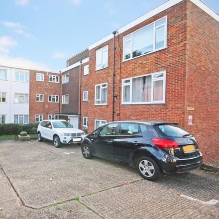 Rent this 2 bed apartment on Ardmore Lane in Epping Forest IG9 5RY, United Kingdom