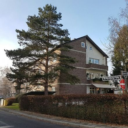 Rent this 4 bed apartment on Am Massenberger Kamp 60 in 40589 Dusseldorf, Germany
