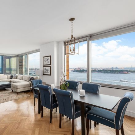 Rent this 3 bed condo on The Ritz Carlton Residences at Battery Park in 10 West Street, New York