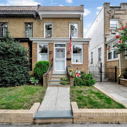 Rent this 3 bed house on 77th St in Brooklyn, NY