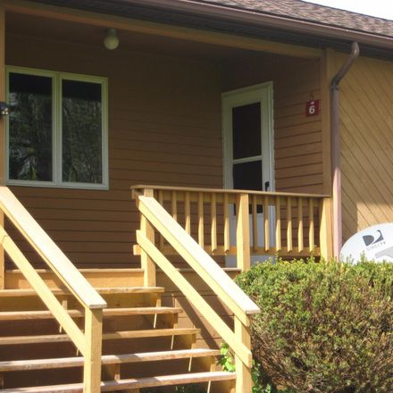 Rent this 1 bed townhouse on Glenwood Dr in Ellenville, NY