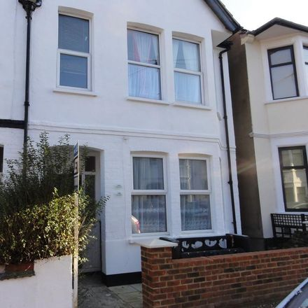 Rent this 1 bed apartment on Ramuz Drive in Southend-on-Sea SS0 9JH, United Kingdom