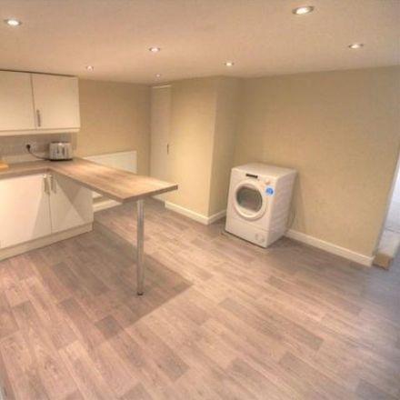 Rent this 2 bed house on Dale House School in Pearl Street, Kirklees WF17 8HL