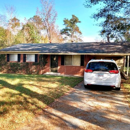 Rent this 3 bed house on 826 Englewood Drive in Columbus, GA 31907