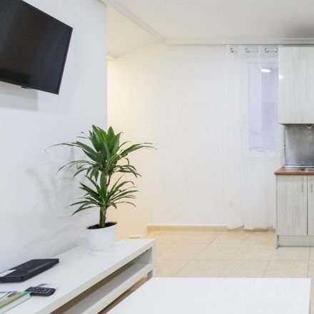 Rent this 1 bed apartment on Calle de Jesús del Valle in 29, 28001 Madrid
