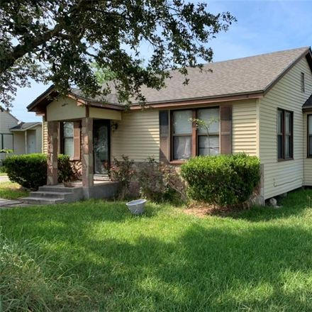 Rent this 3 bed house on 105 East Avenue H in Robstown, TX 78380