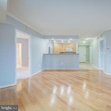Rent this 2 bed apartment on 3101 Hampton Dr in Alexandria, VA