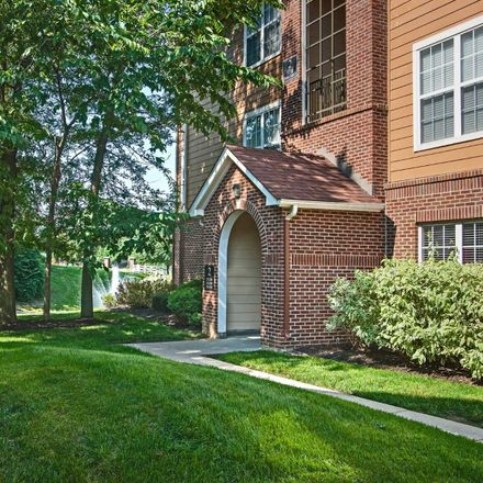 Rent this 2 bed apartment on Pool in Castle Hill Drive, Vertland