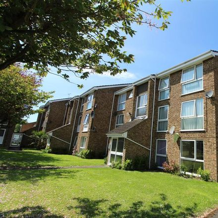 Rent this 2 bed apartment on The Mall in Dunstable LU5 4HH, United Kingdom