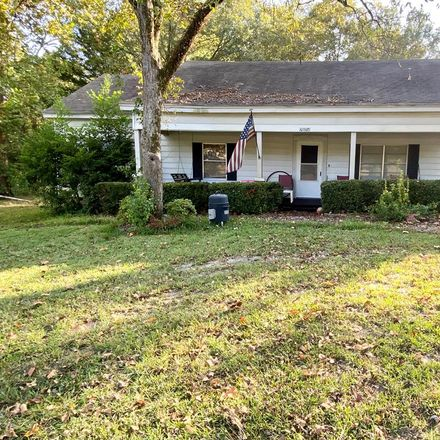 Rent this 3 bed house on E Main St in Nacogdoches, TX
