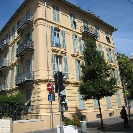 Rent this 3 bed room on 22 Rue Michel-Ange in 06100 Nice, France