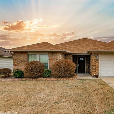 Rent this 3 bed house on 900 Yarrow Drive in North Little Rock, AR 72117