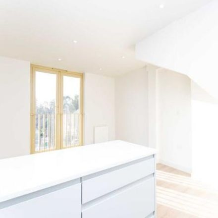 Rent this 2 bed apartment on Prewett's Mill in Mill Bay Lane, Tower Hill RH12 1ST